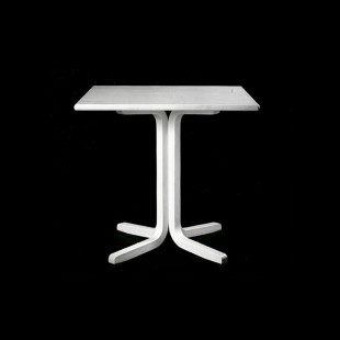 Apollo-pöytä